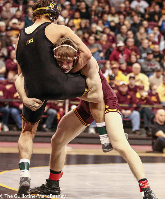 125: No. 1 Thomas Gilman (Iowa) fall (5:58) No. 6 Ethan Lizak (Minn) | Minn 8 – Iowa 24*