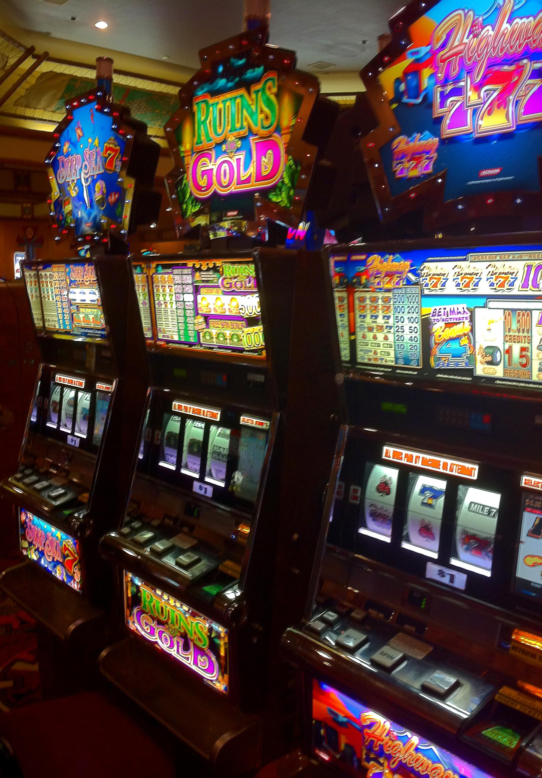 Миллион ком игровые автоматы бесплатно майнкрафт карта прятки играть
