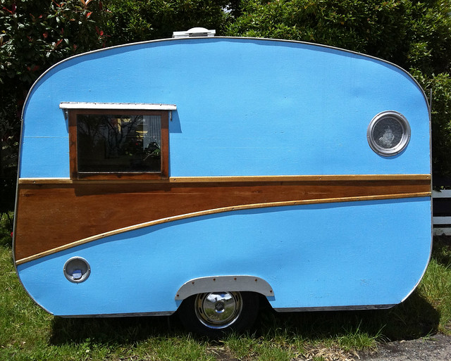 Little blue caravan