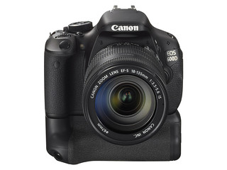 Canon EOS 600D / Rebel T3i & EF-S 18-135mm IS & BATTERY GRIP | by 600d