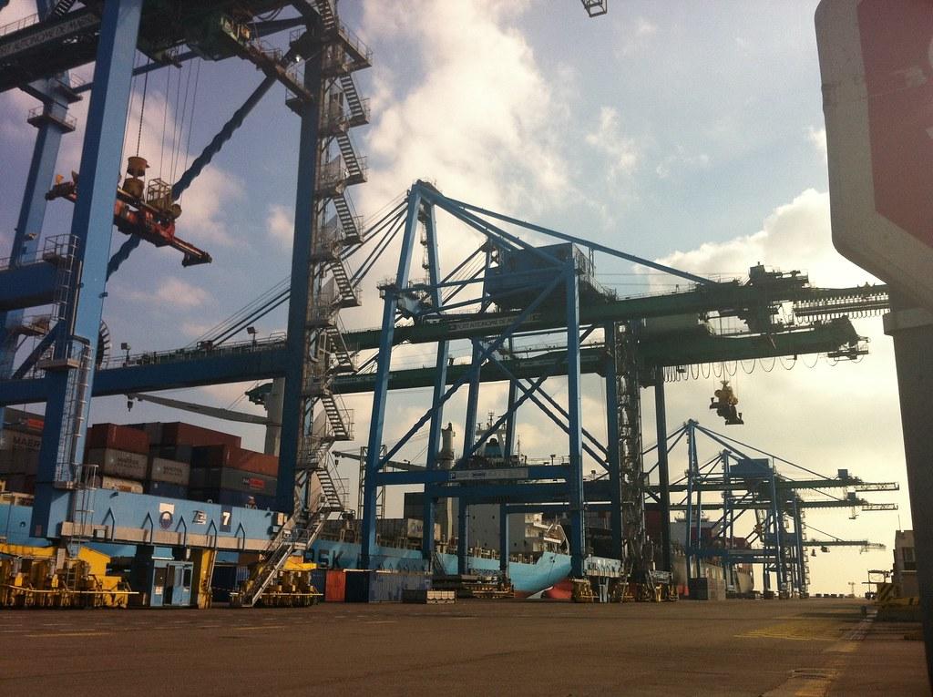 Portiques de chargement - Port de Fos sur Mer