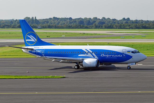 Dniproavia Boeing 737-5L9 UR-DNC