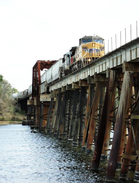 Through Truss Railroad Bridge, San Jacinto River, Crosby, Texas 0312111234