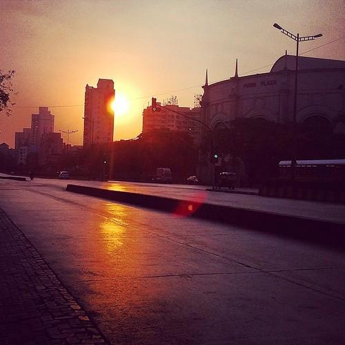india sunrise square squareformat mumbai powai amaro iphoneography instagramapp uploaded:by=instagram foursquare:venue=4b421603f964a5207acc25e3