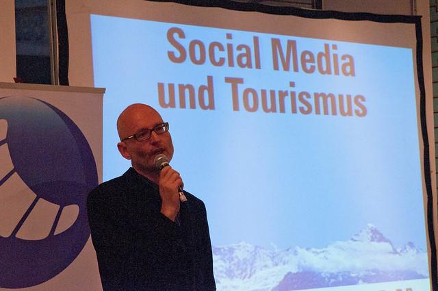 SMGZH 7 - Tourismus im Mitmach-Web