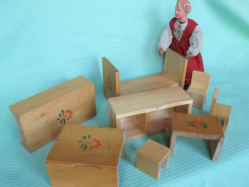 old magical cube for dolls 4