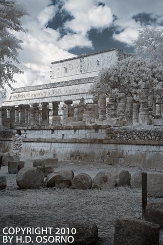 Mil Columnas - Thousand Columns