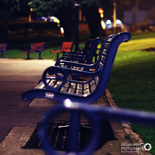74/365 Park Benches | by Hexagoneye Photography