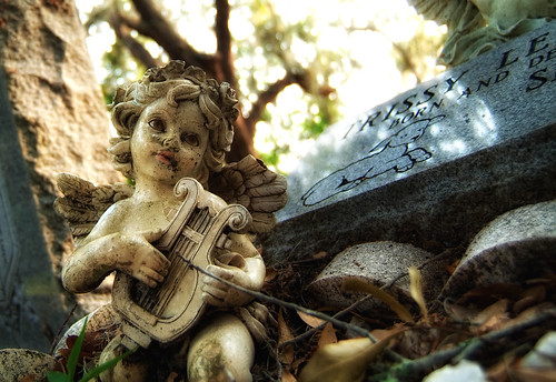 sunset beautiful cemetery angel ceramic evening pretty afternoon fuji florida praying holy jacksonville fl marble dslr cherubs fujifinepix fujifinepixs3pro