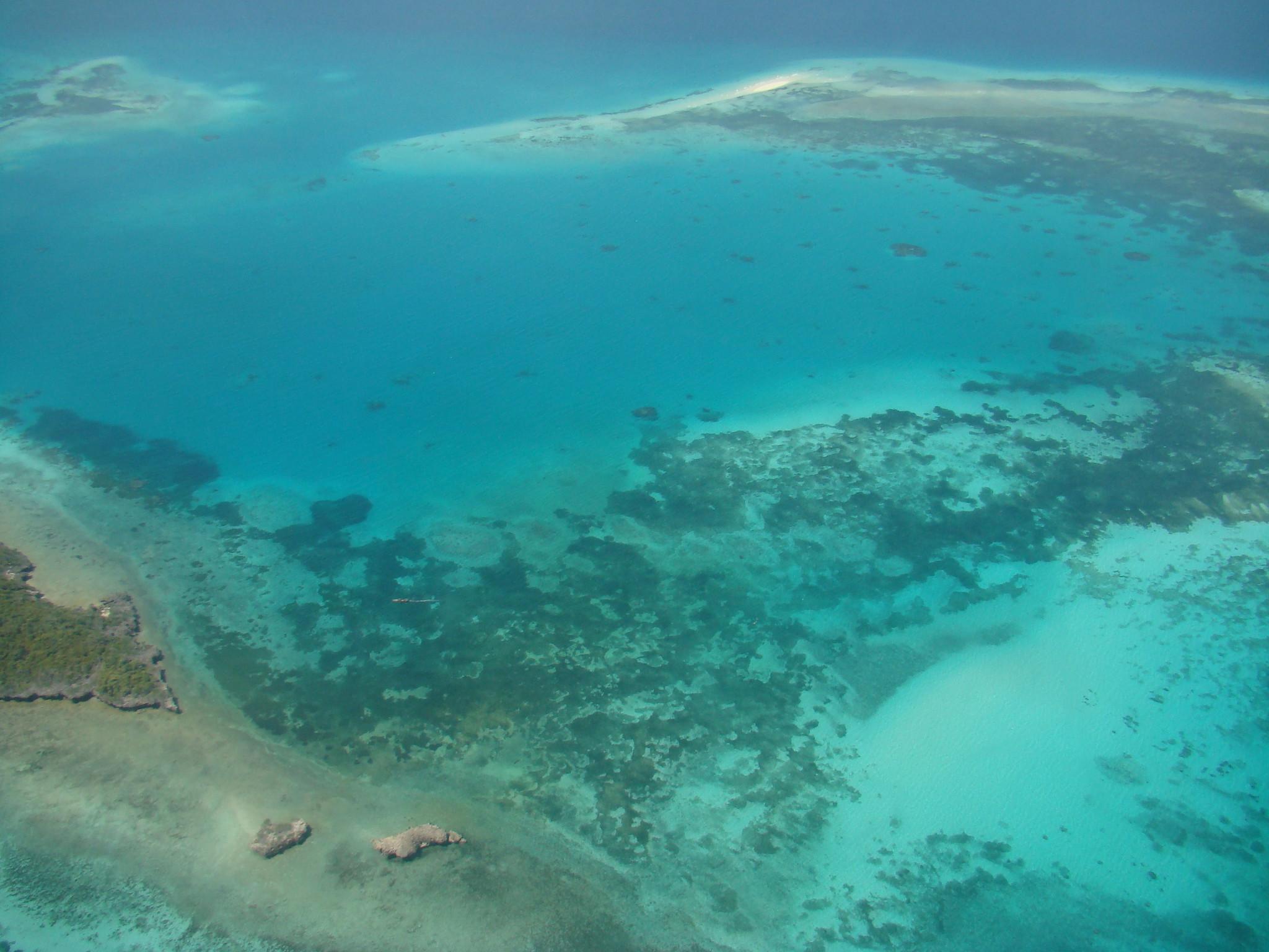 Tanzania Isla Zanzibar desde el cielo
