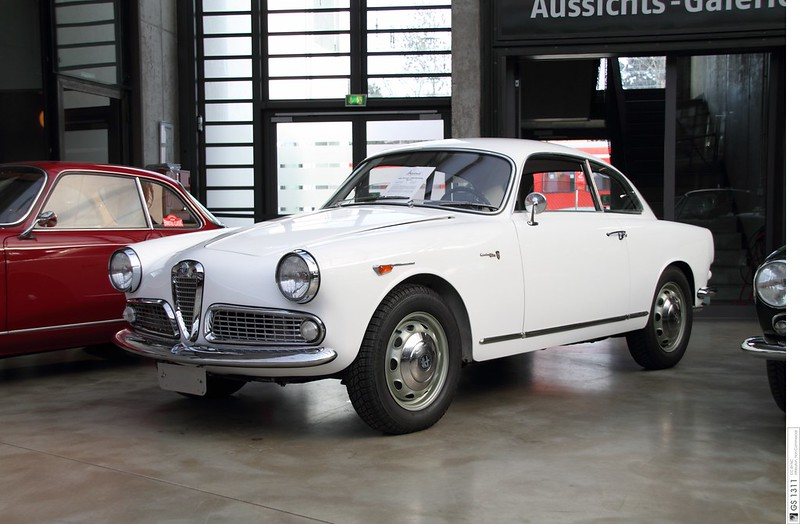 1954 - 1964 Alfa Romeo Giulietta Sprint (02)