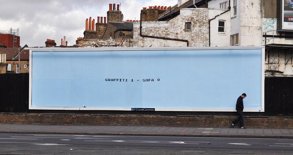 Graffiti 1 - Sofa 0 (by day)