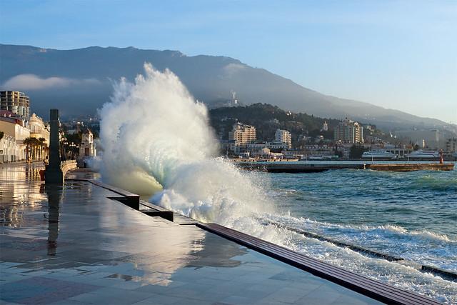 Yalta. Morning storm