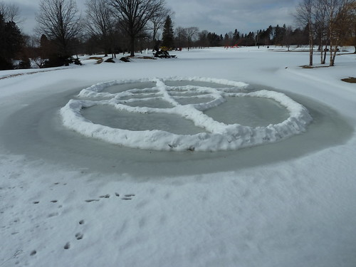 Roy Staab's YouSnow Sculpture - 3/13