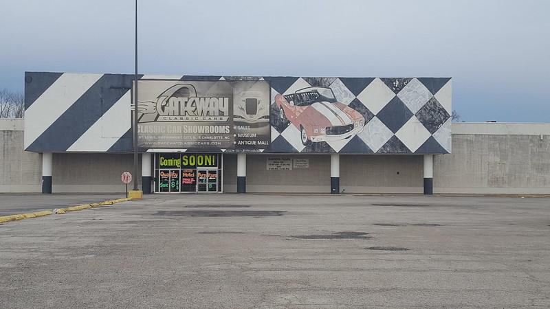 Venture East St Louis, IL 3