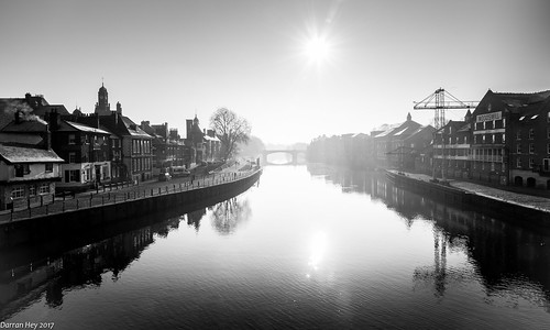 cityscape landscape river ouse york bridge city atmospheric serene misty spooky crisp morning yorkshire uk quay walk hike january reflection docks old boats water sun ray rays eerie ngc