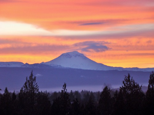 winter sky sunset mountain southsister centraloregon cascademountains