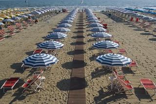 viareggio_spiaggia | by Vive Toscana