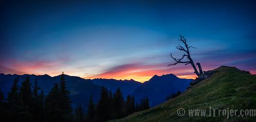 autumn tirol grinzens austria sunset salfeinersee salfeinssee salfeins kalkkögel tyrol grieskogel hikingadventures trojer kemateralm stubaieralpen