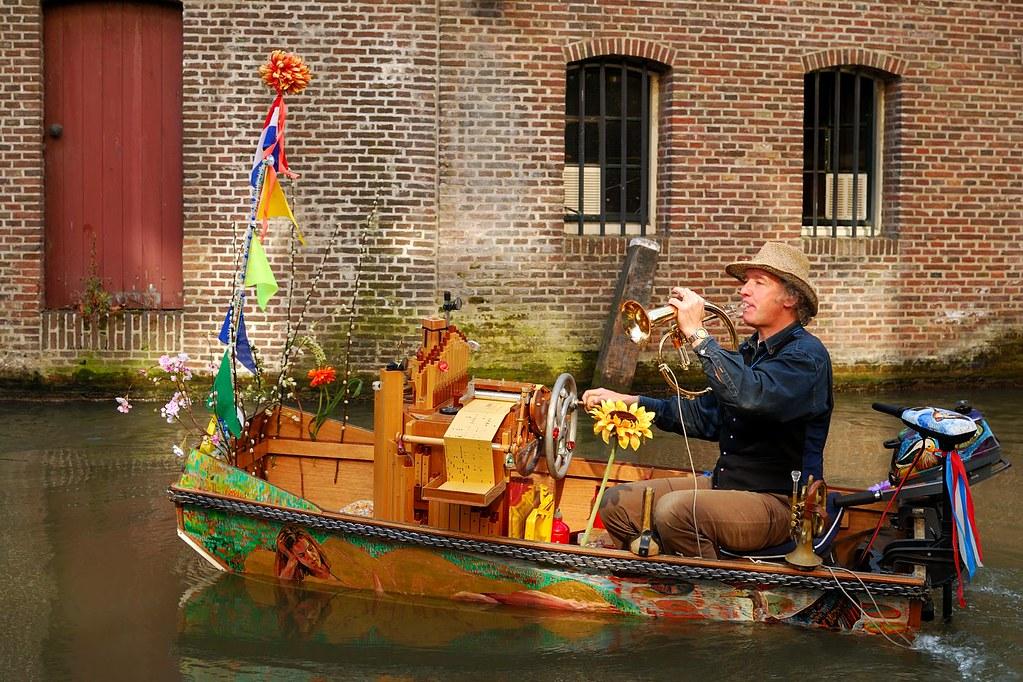 Dutch Music Boat (Muziek Boot), Utrecht, The Netherlands | Flickr