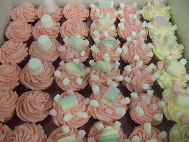 CAKE - marsh mallow cuppies