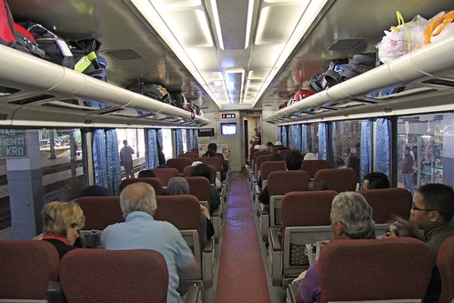 railroad people train indonesia march java coach asia interior luggage seats express bandung westjava railways jawa passangers 2011 meteorry eksekutif jawabarat kerataapi ptkerataapi agrowilis