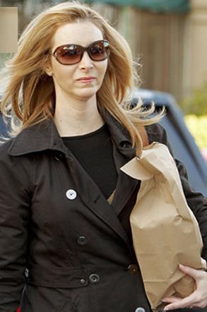 eaf71d004ce ... JenniferFisher2011 lisa-kudrow-tom-ford-jennifer-sunglasses