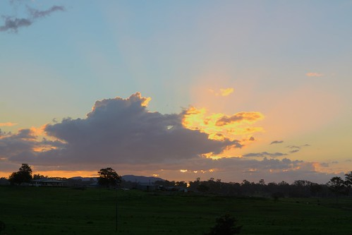 sunset sky clouds hdr gympie
