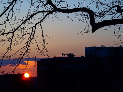 sunset minnesota silhouette sundown rochester helicopter stmarys airambulance stmaryshospital mayoone alittleflare
