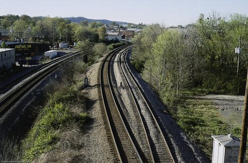 railroad film 35mm tracks rail asa400 nikonfe2 daltongeorgia nikon50mm118