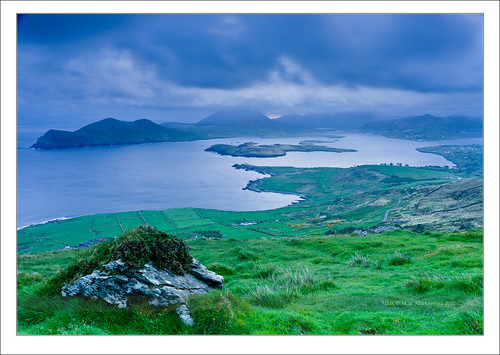 blue ireland sea seascape rock clouds sunrise landscape island waves kerry hour celtic munster chapeltown sonnar vario sonydsc sal2470za sonydslra900 2470mmf28zassm sonyzeissvariosonnar247028ssm kerrycovalentia 51°552484n10°204253w