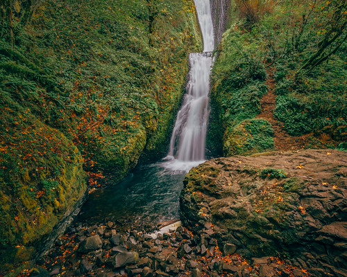 bridalveilfalls columbiarivergorge oregon landscape waterfall corbett unitedstates us