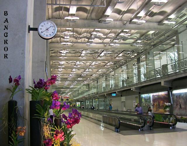 THAILAND-Bangkok, Modern und riesig, der Flughafen Suvarnabhumi   - 2