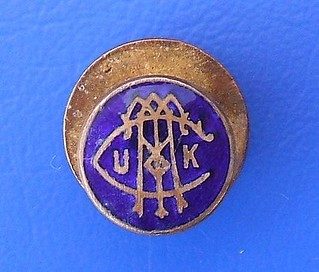(UKCTA) United Kingdom Commercial Travellers Association - member's badge (c.1930) | by RETRO STU