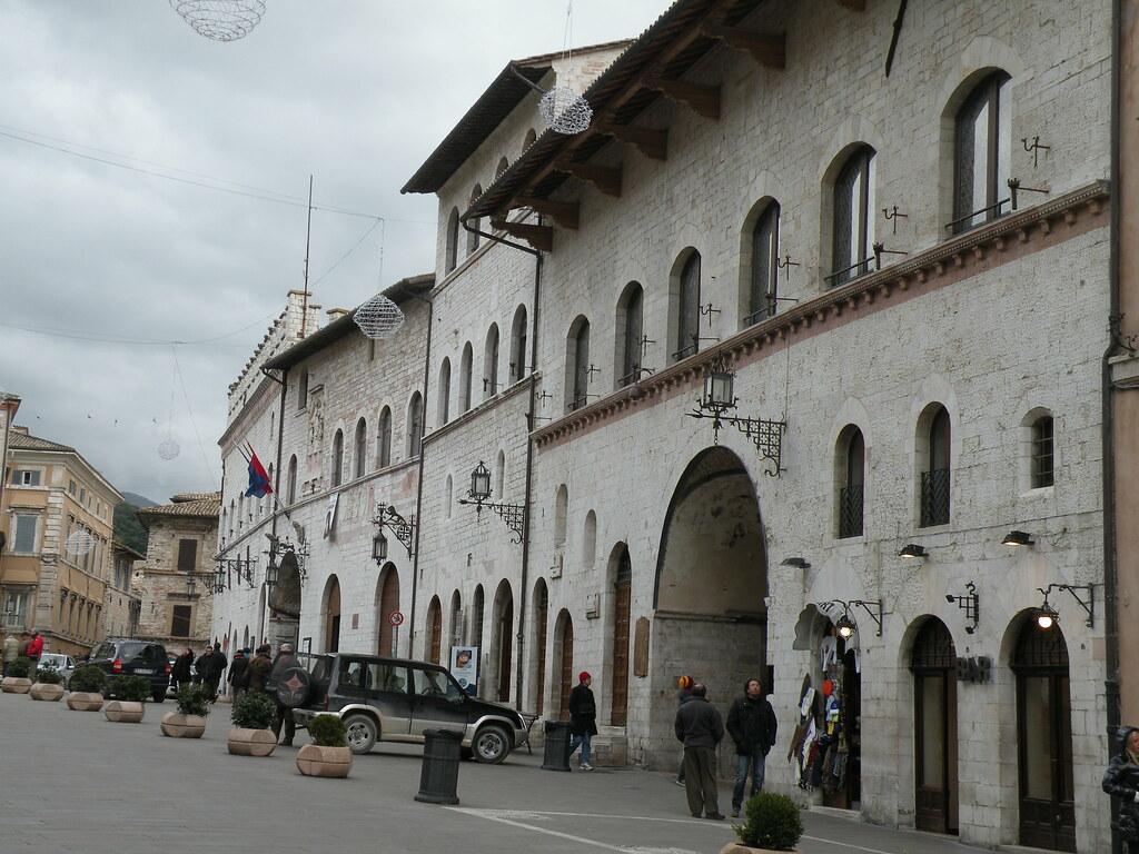 Palazzi dei Priori e del Governatore - Piazza del Comune, Assisi