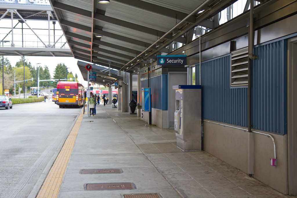 TVM at Federal Way Transit Center | It sells ORCA cards and