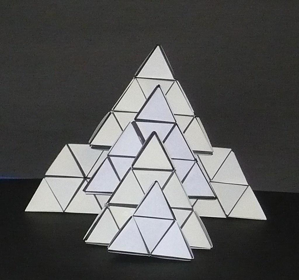 Origami: Tetraedro - Instruções em Português BR - YouTube | 958x1024