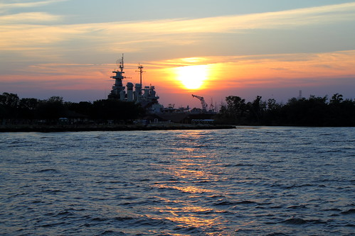 sunset water river nc ship ships wwii navy sunsets northcarolina rivers battleship wilmington usnavy warship vessels ussnorthcarolina worldwartwo battleships capefearriver unitedstatesnavy warships navyships pacificwar navalships bb55 museumships floatingmuseums