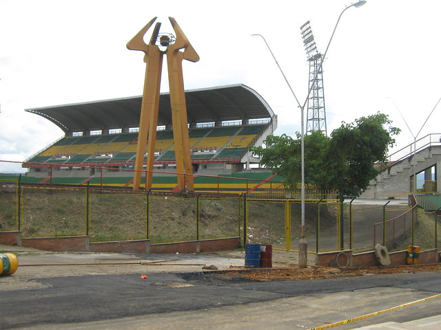 Estadio Alfonso Lopez tribuna preferencia (2)
