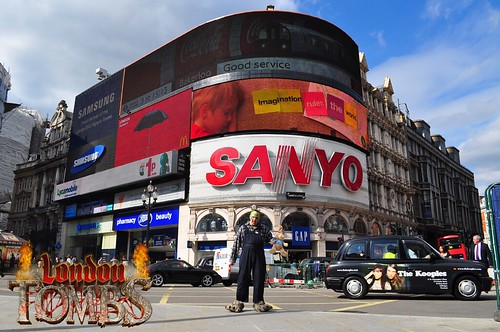 Day 5 - Sighting at Piccadilly Circus