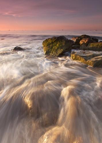 ocean california longexposure morning seascape water santabarbara landscape photography wave beachsunrise ernogy
