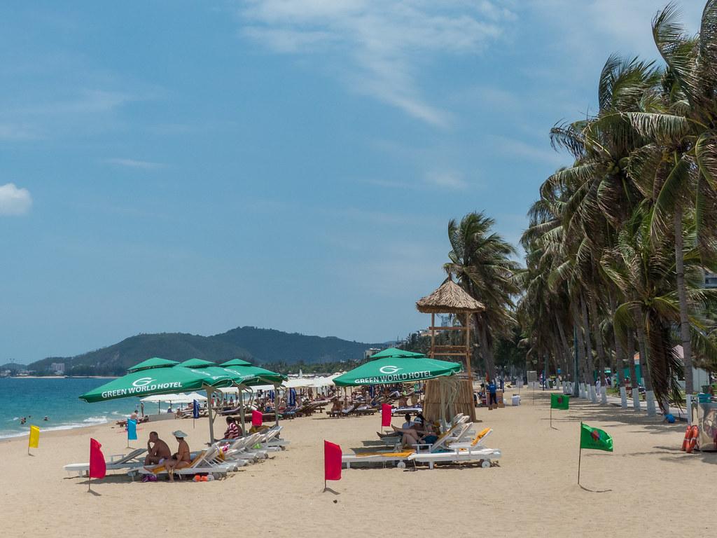 Nha Trang Beach | Nha Trang is a coastal city in Vietnam tha