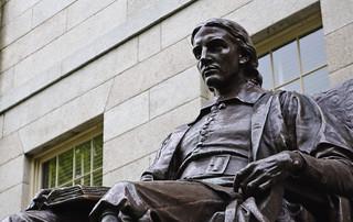 Statue of John Harvard, Harvard University