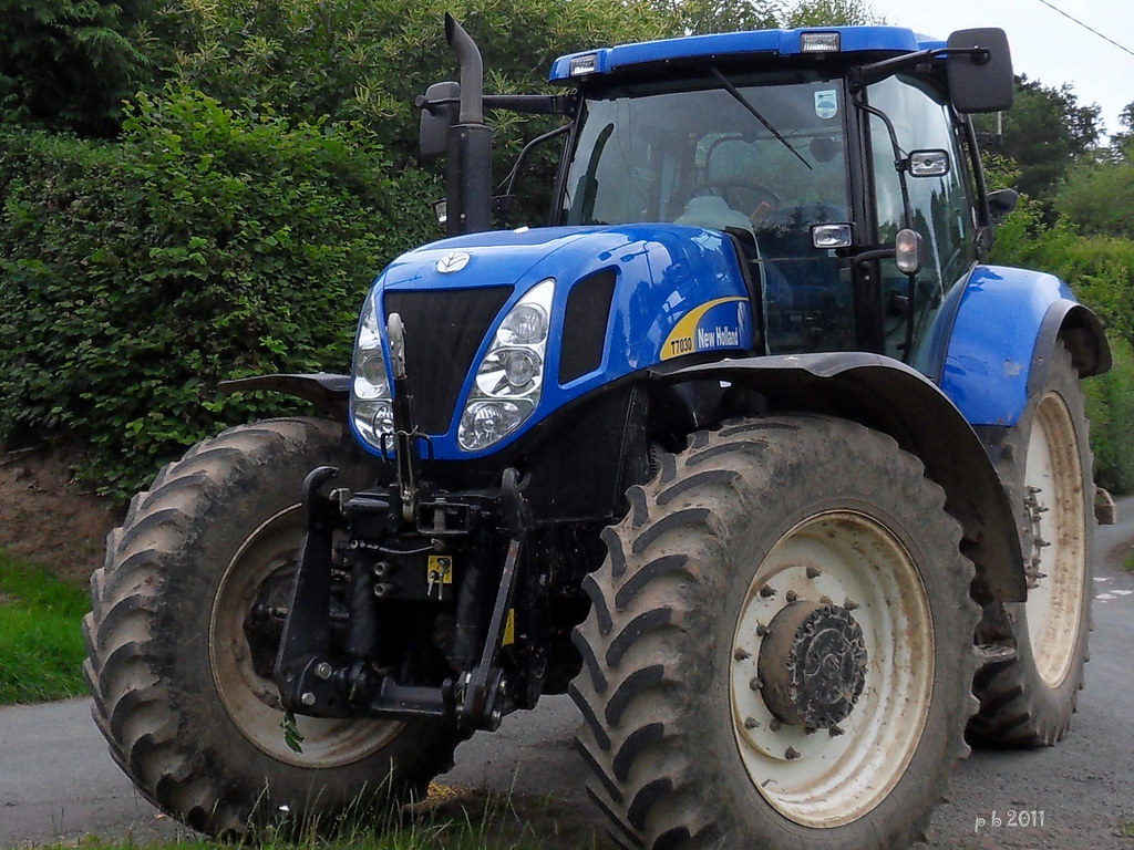 new holland T7030 | Samsung digital camera | percy beddoe