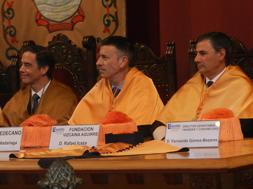 La Fundación participa en el Acto de Investidura Licenciados 2013 DBS Bilbao | by fundacionvizcainaaguirre