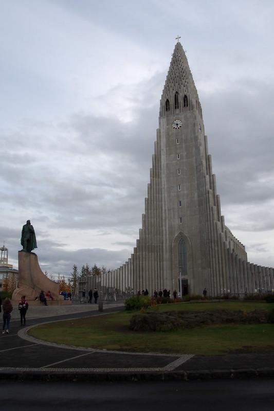 Space Shuttle Church, Hallgrimskirkja, Reykjavik