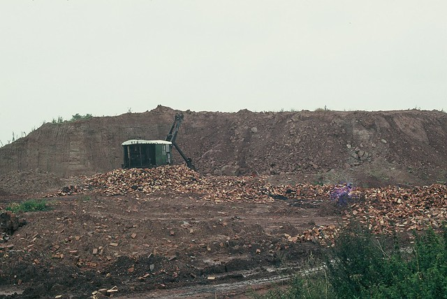 Digger & Clay Face, Crowle Brickworks