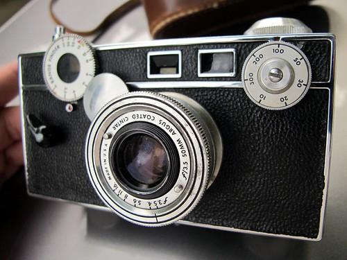 argus range finder camera   by frankieleon
