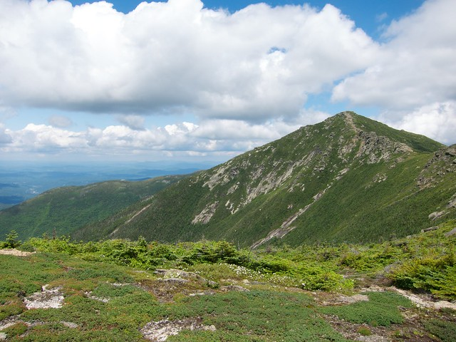 2:40:08 (45%): hiking newhampshire whitemountains franconianotch mtlafayette franconiaridgetrail mtlincoln franconiarange