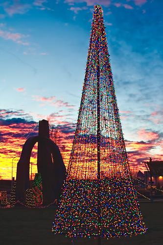 christmas sunset red orange newmexico lights sillhouette grants fireandicepark
